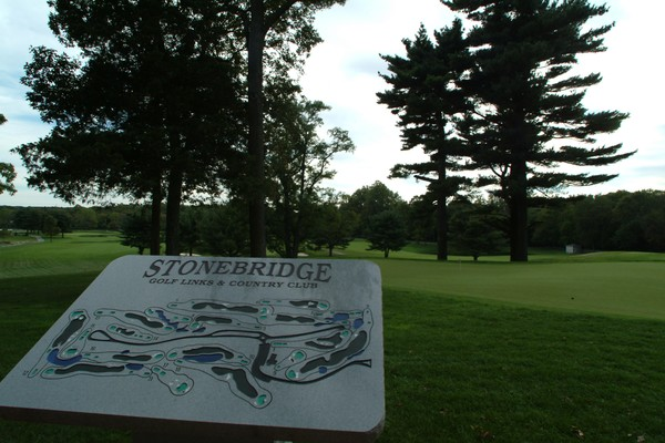 View of a welcome sign at Stonebridge